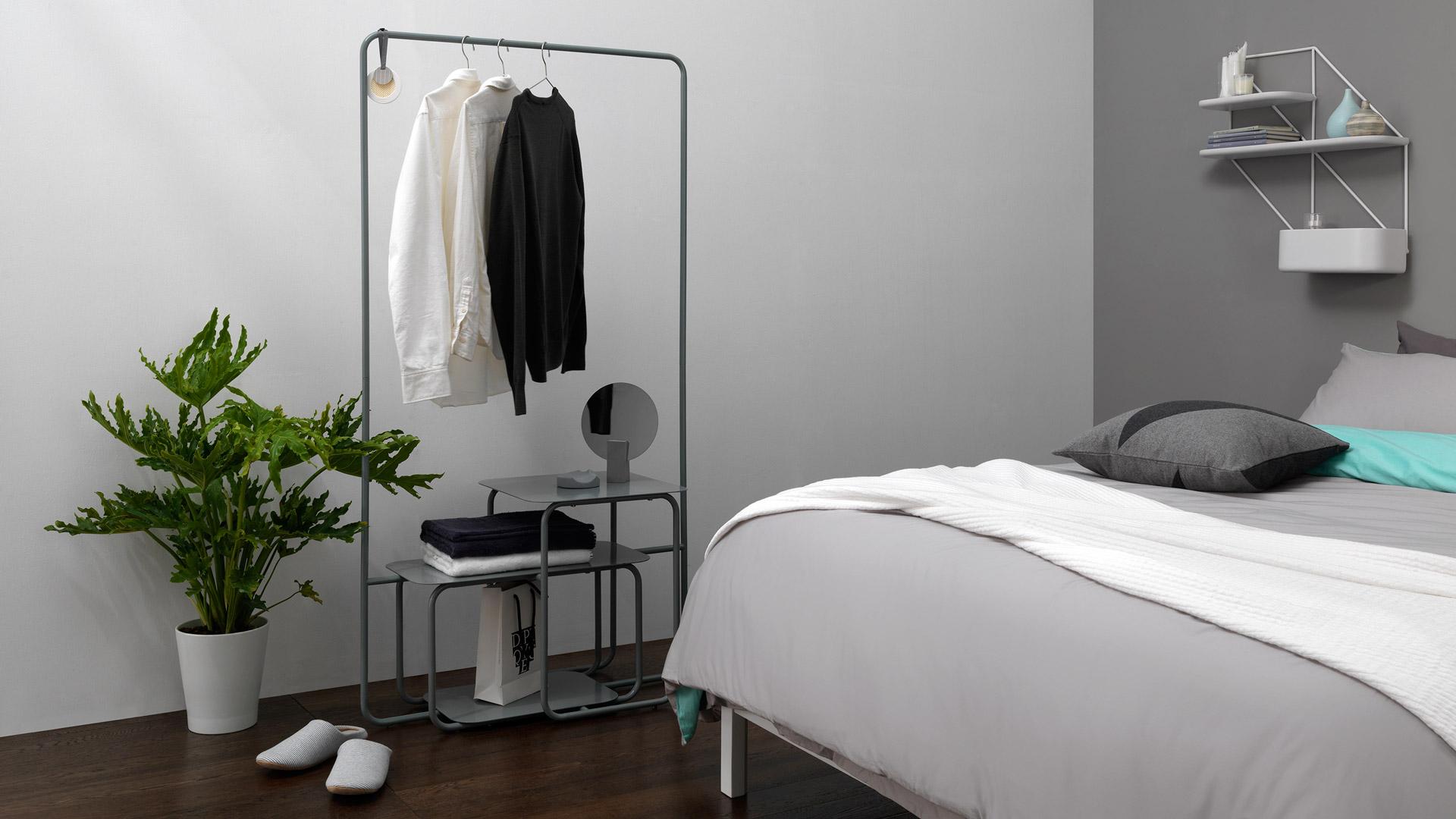 应季衣物和轻薄床品的高频更换区,随手取放的快捷有序,给卧室一道通透的几何线。?x-oss-process=image/format,jpg/interlace,1