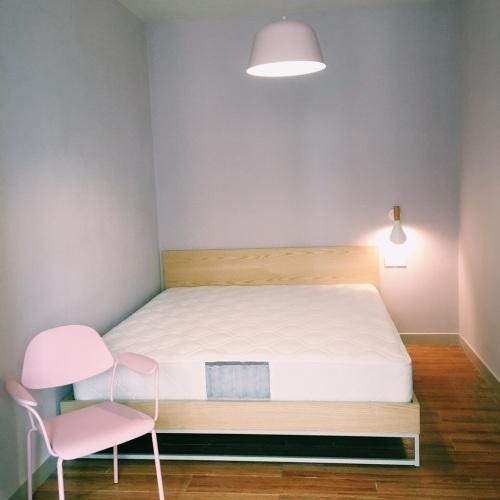 一二三_画板床1.8米款木本色怎么样_2