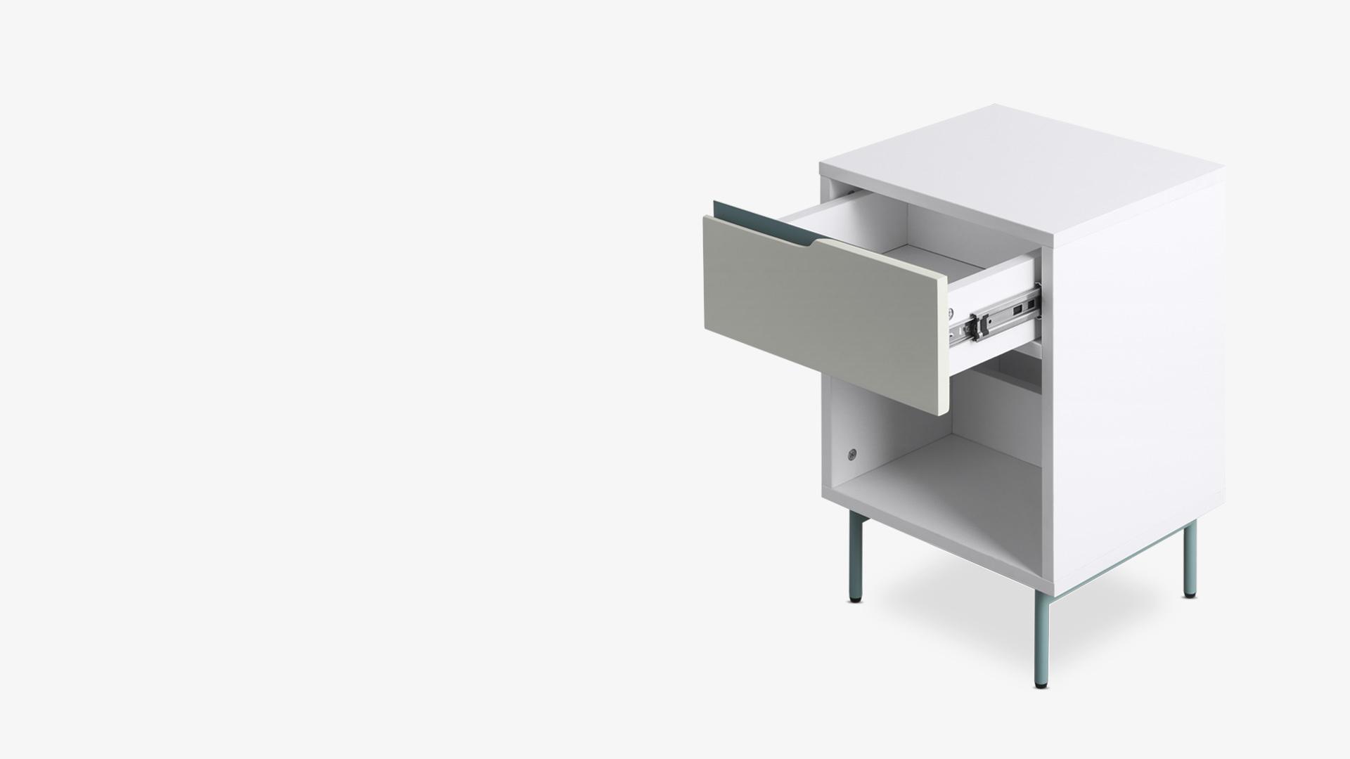 精选环保板材+撞色金属<br/>小于0.5mm组件精细