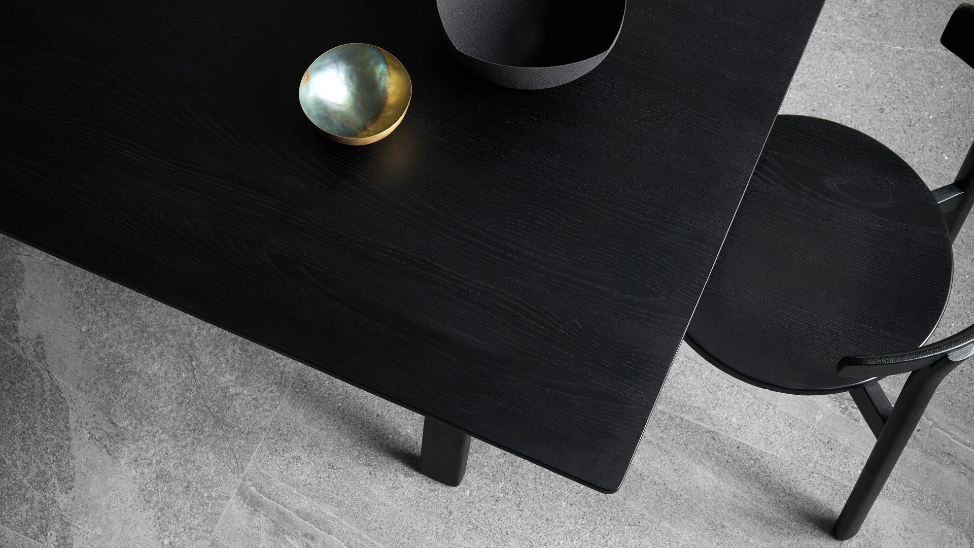 朴素木纹肌理,便是空间最好装饰