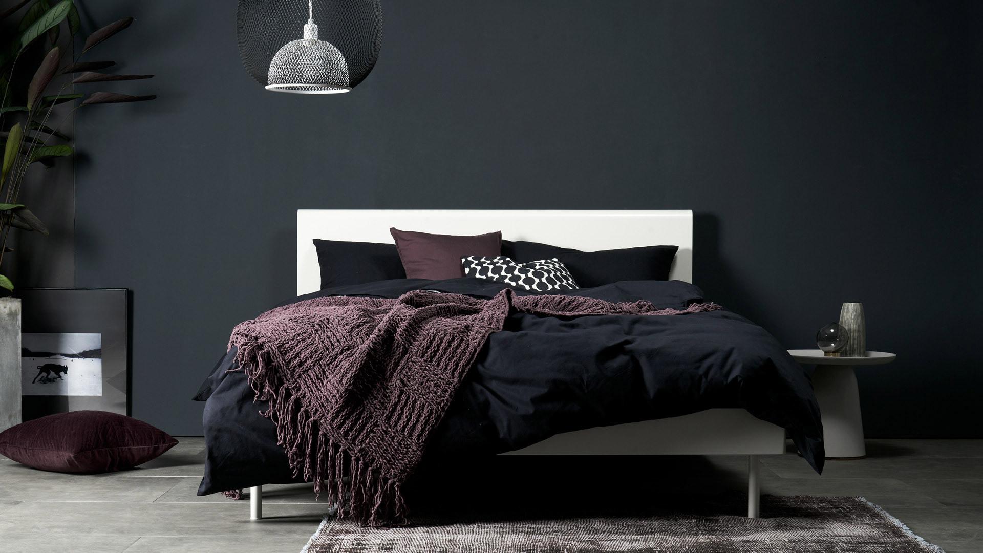 色彩对撞,卧室的纯净底色