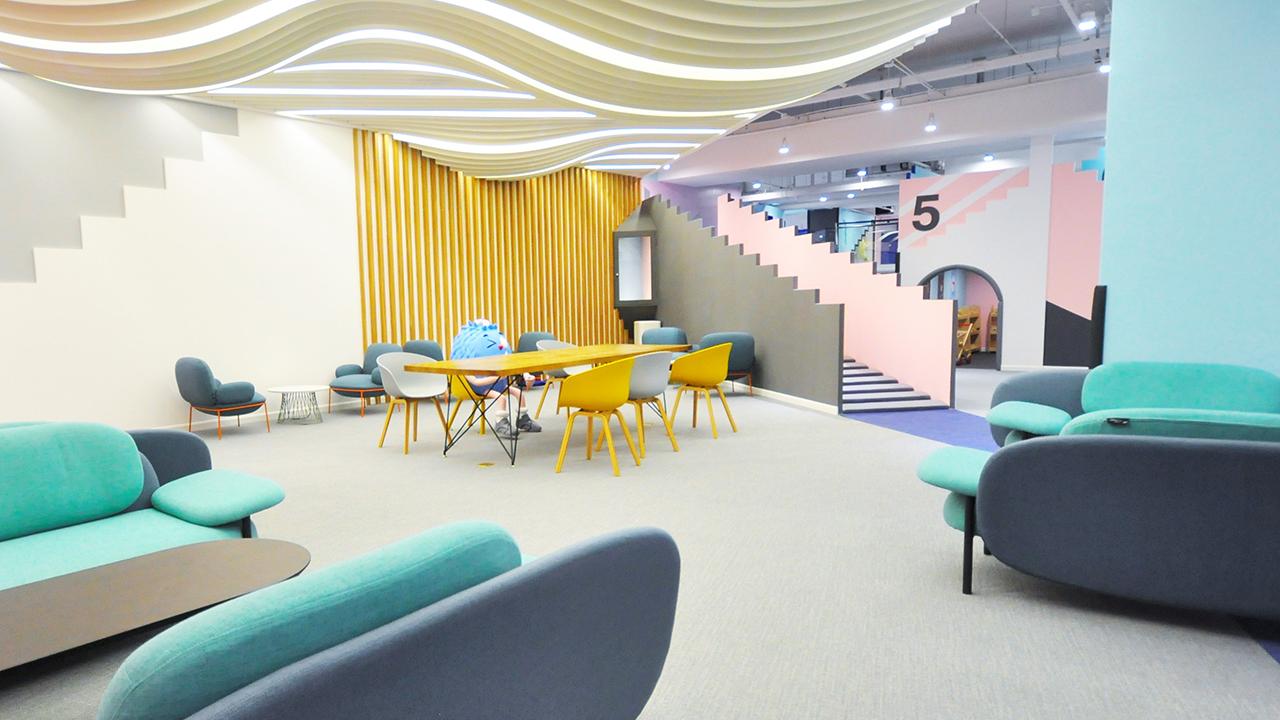 Eureka X 造作 | 克制的色彩方案,打造酷感儿童乐园