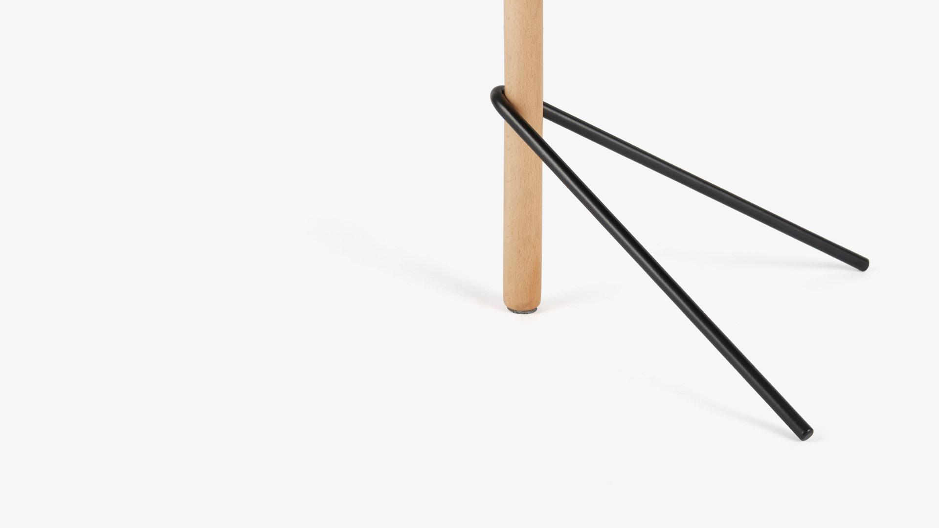 铁木平衡相融<br/>三角支撑唯美构成