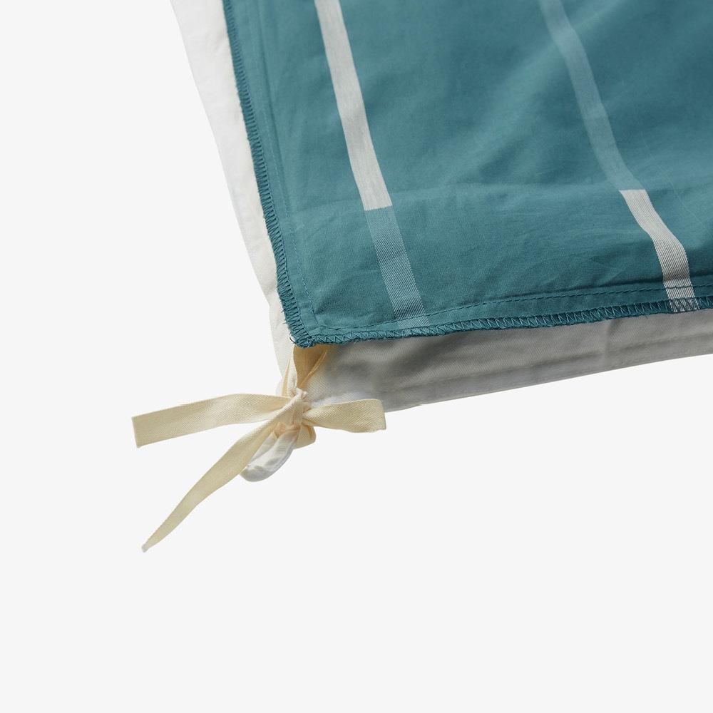 四角绑绳设计<br/>固定被芯防移位