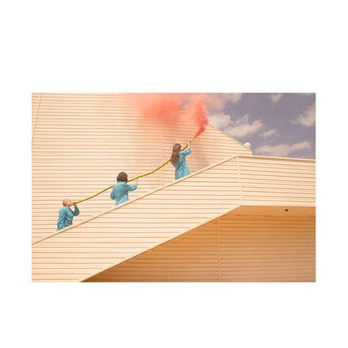 旅行家限量画芯 | Karen Khachaturov作品1号-沉静篇(装裱后)装饰效果图
