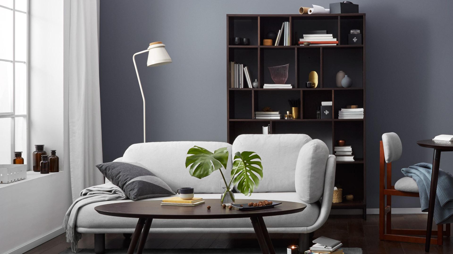 沉稳胡桃木色,客厅的典雅背景
