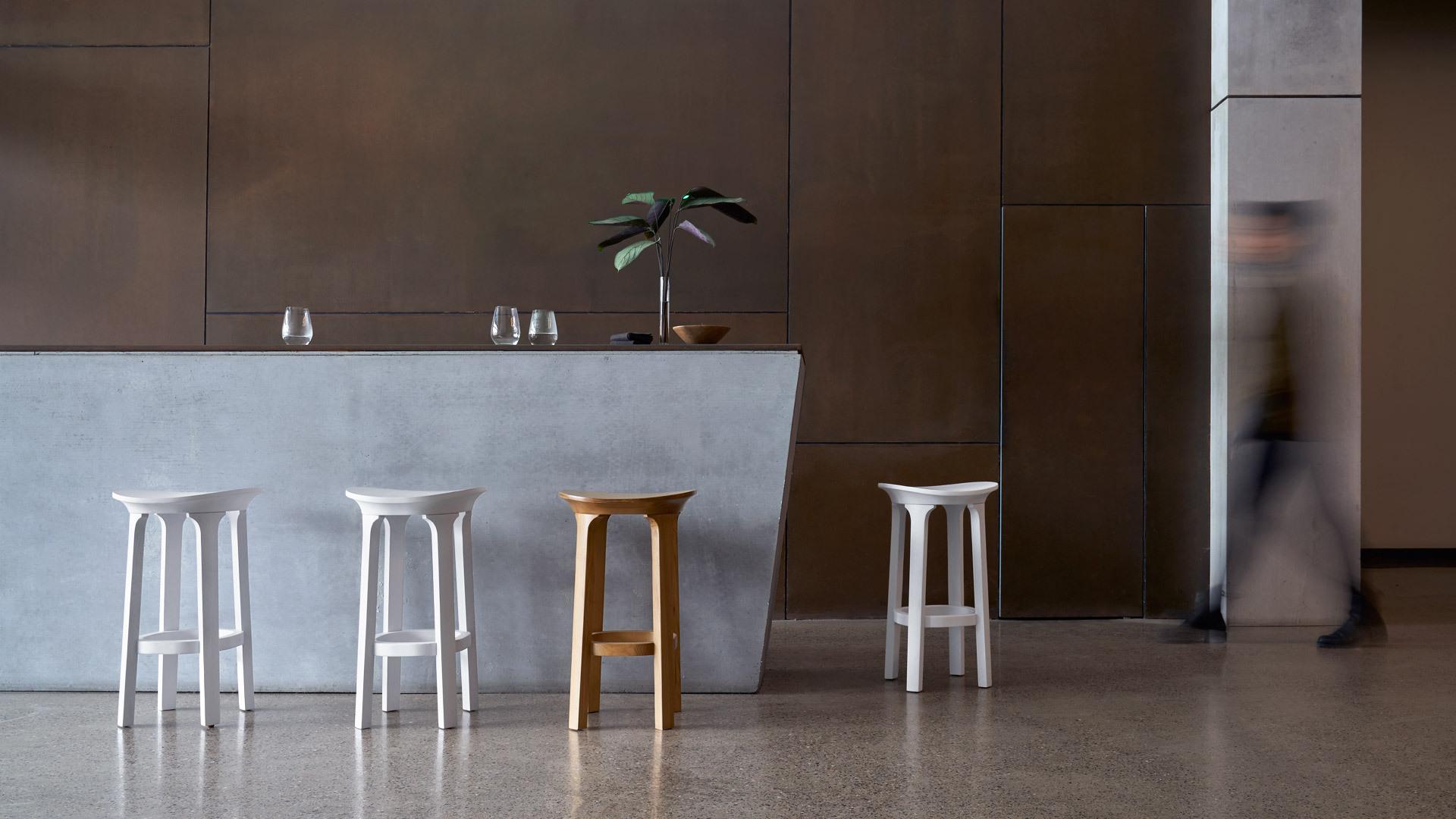 优美吧台凳,构建悠闲日常