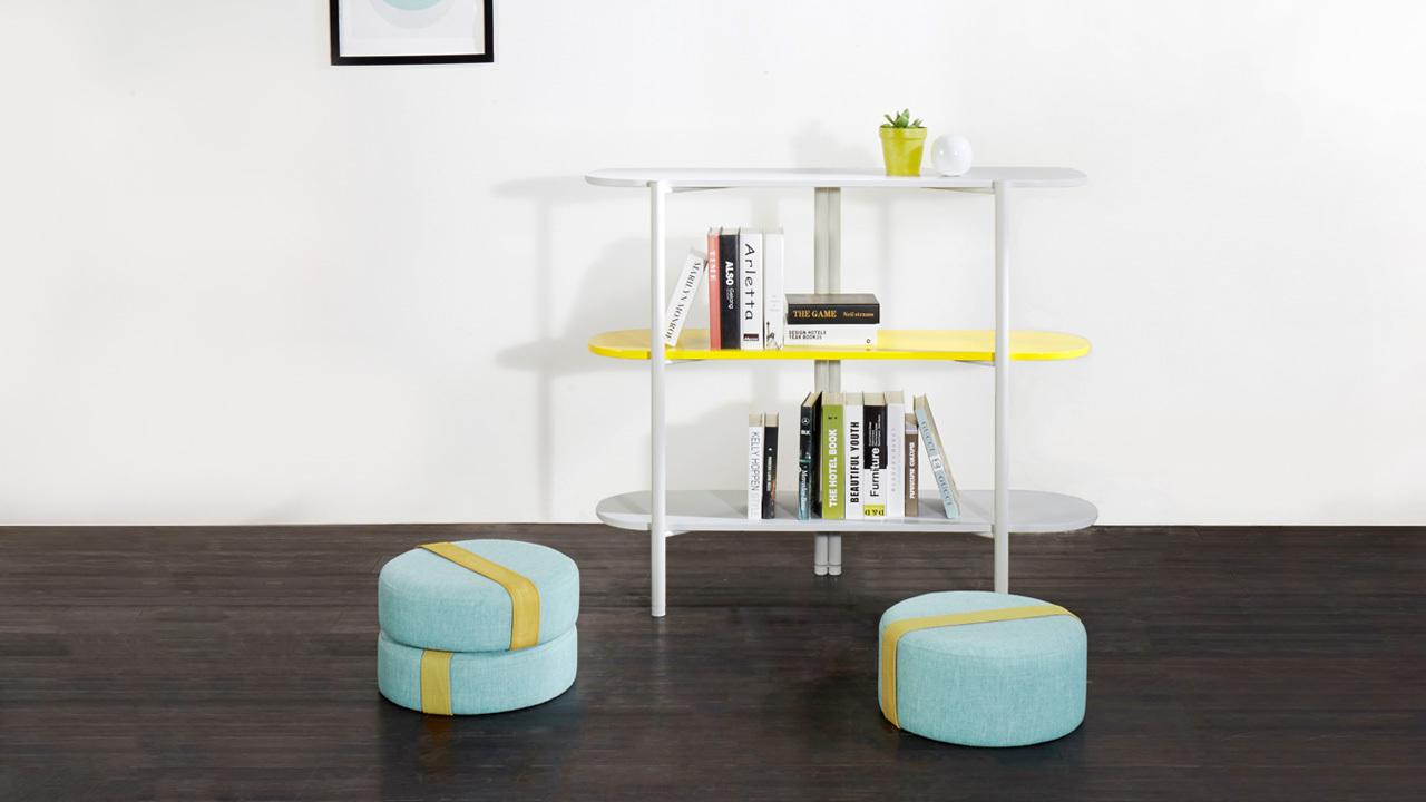 五种颜色彩板可供选择。5层1.8米和3层1.2m两个版本,找个时间,在书架隔出的阅读角里,拿出心念已久的书,随意翻阅吧。