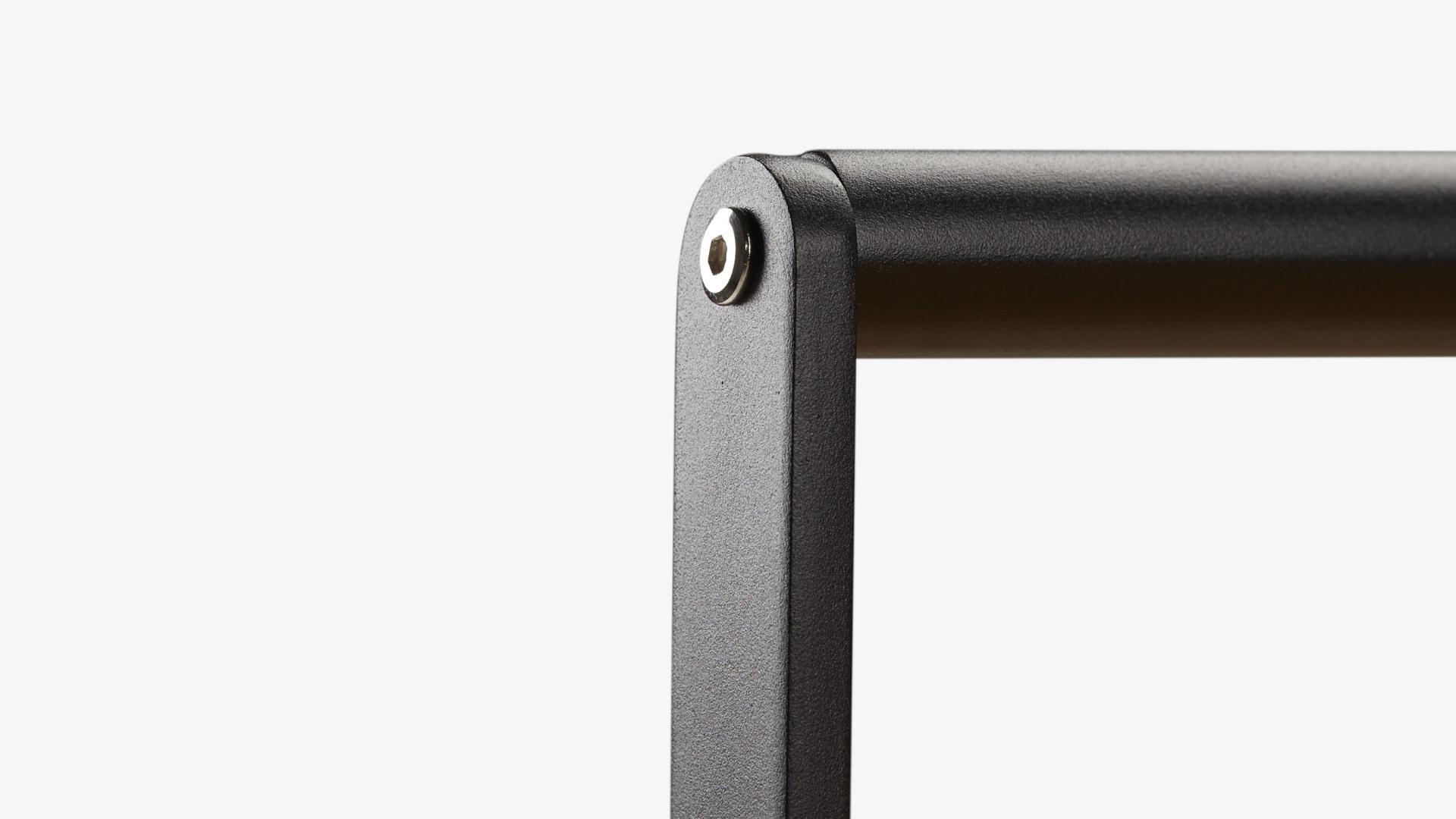 可提可推扶手设计<br/>最省力的随身手推柜