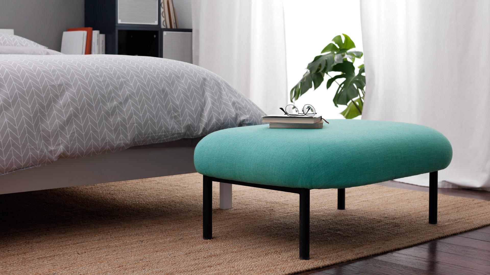 亮色床尾凳,再不担心卧室太素