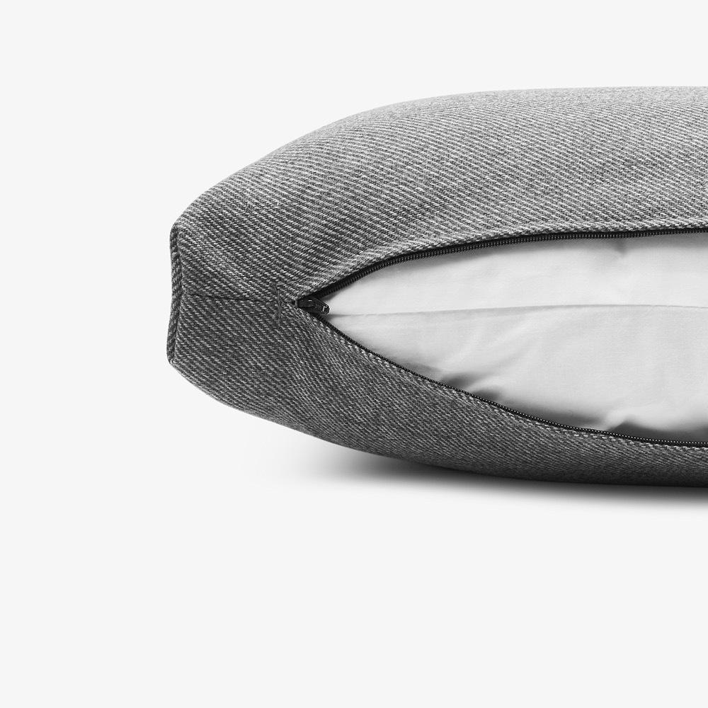 同色隐形拉链<br/>全靠枕可拆洗