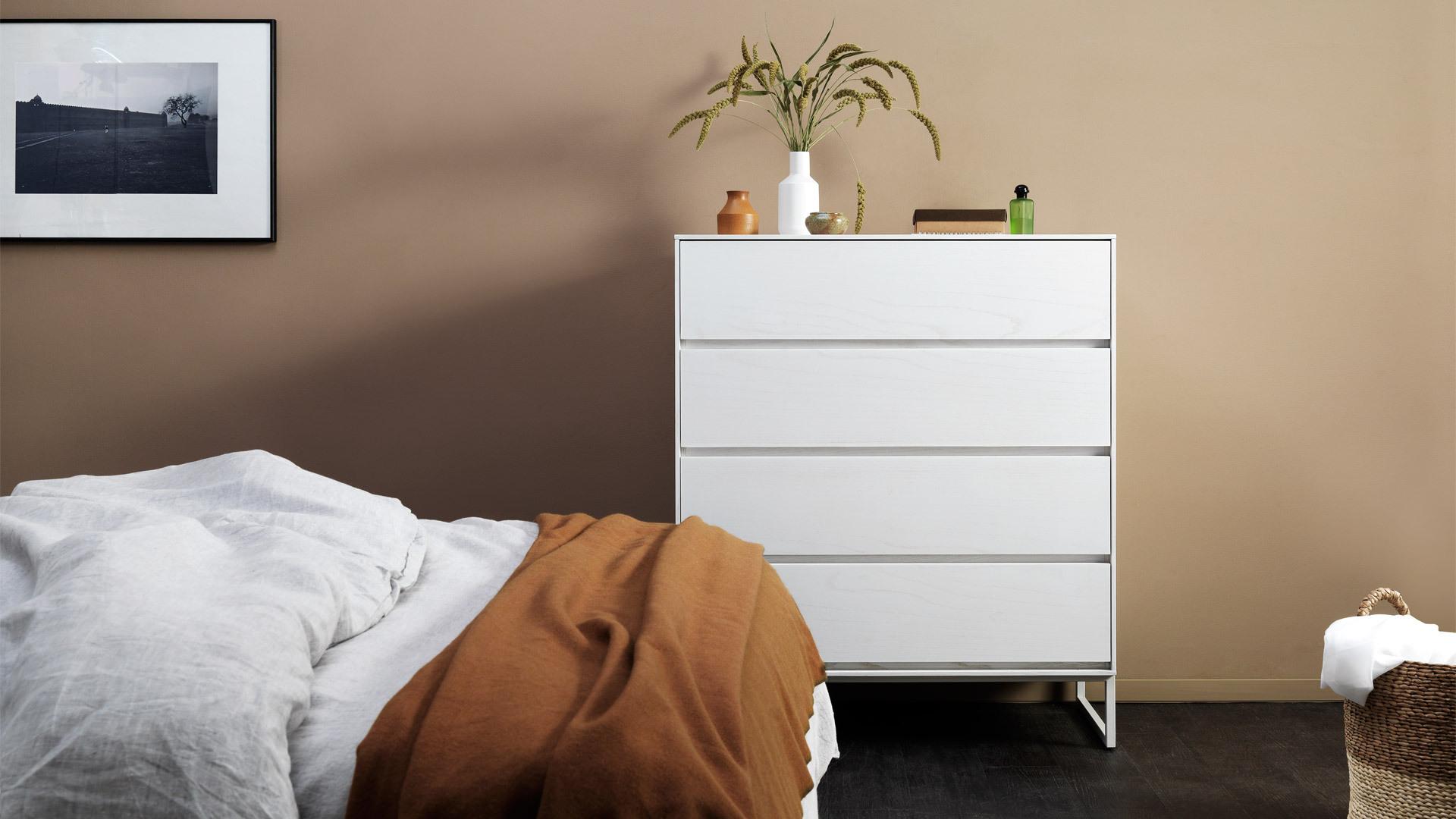 明媚云白,平衡暖调卧室