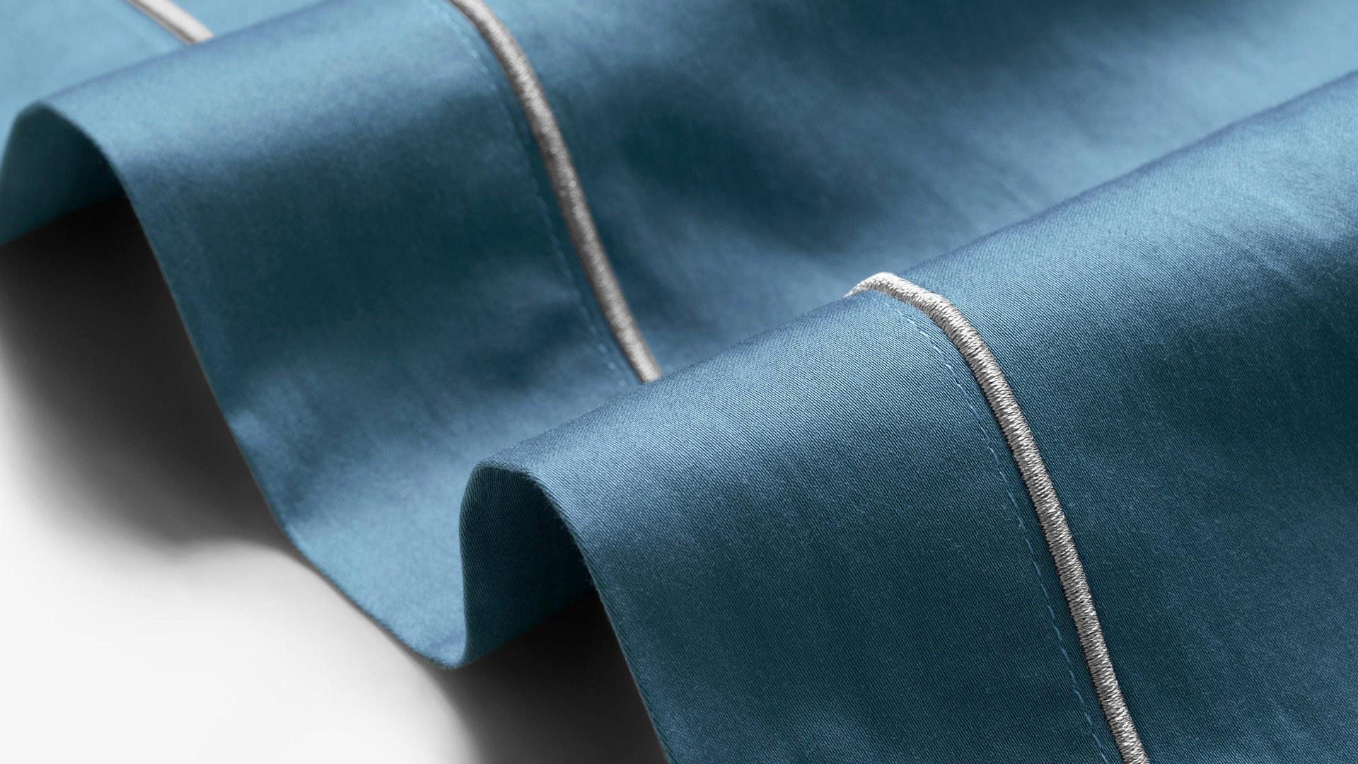 缎纹纺织,轻抚丝滑质感