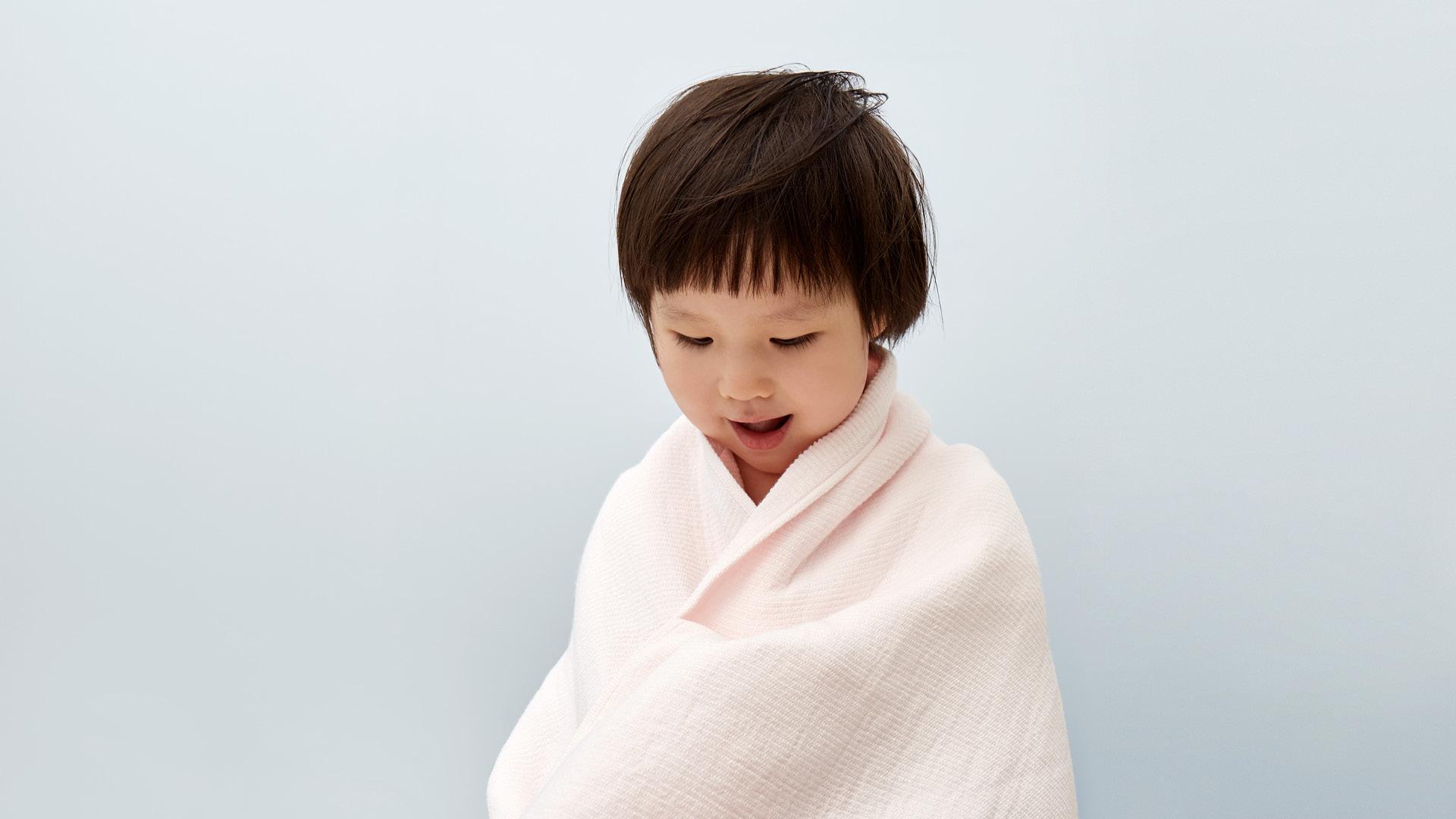 宽大浴巾,舒适包裹