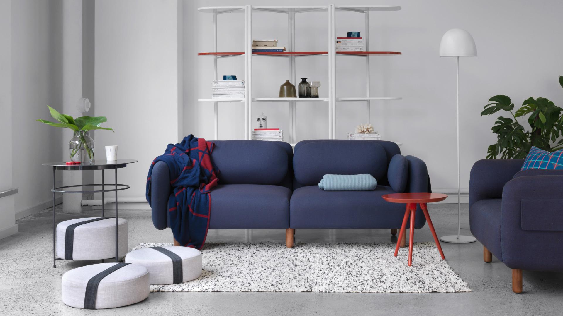 蓝棕鹅卵石,为客厅注入年轻朝气