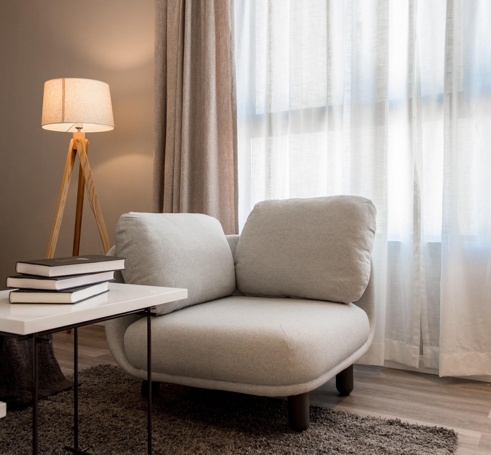 """生活家晒单@tdg:""""这个单人座我放在了窗边,半躺着看书还是挺惬意的。"""""""