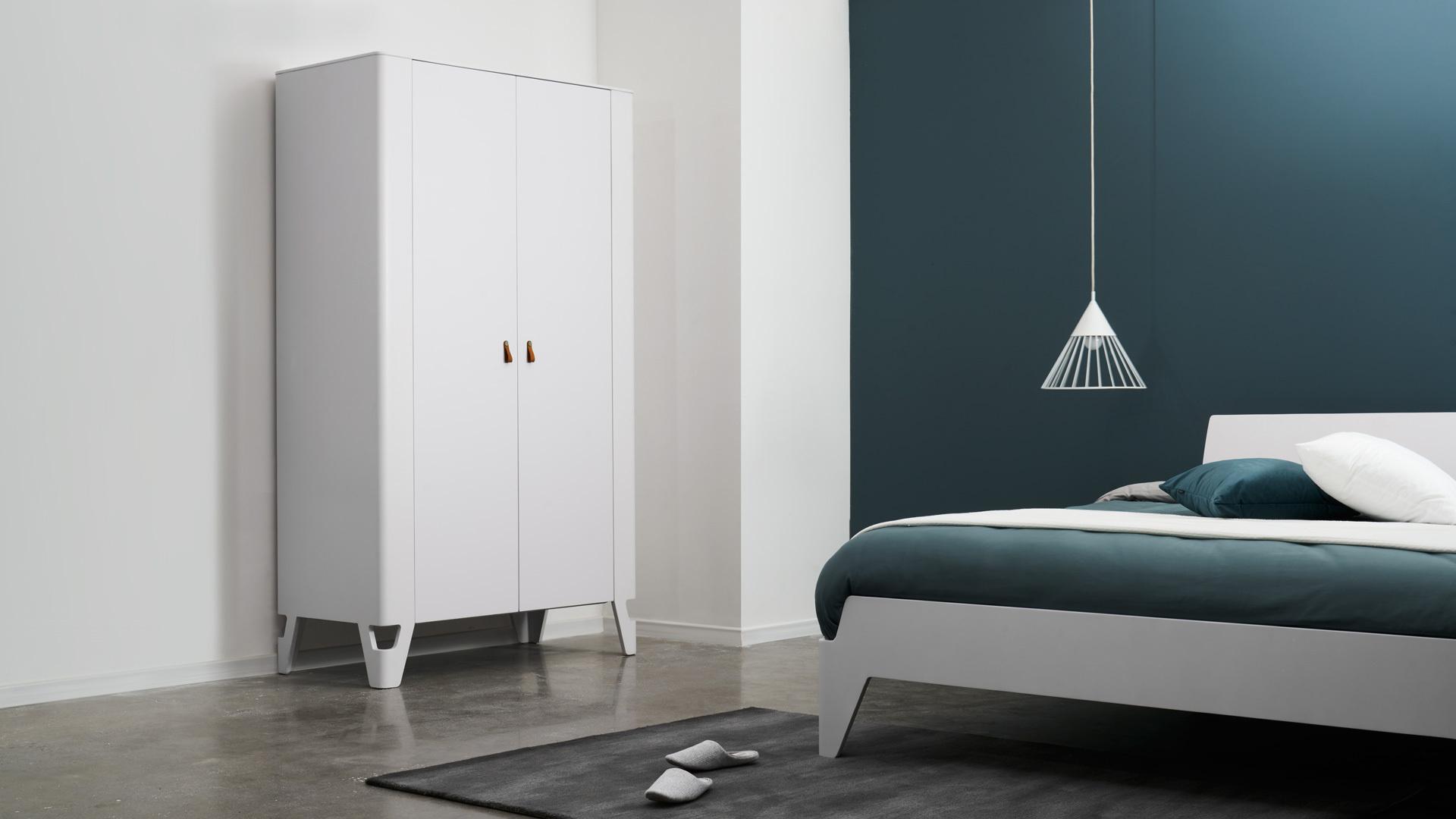 卧室主柜,塑造现代感基色