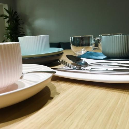 造作折简浸釉餐具组-盘碗精选评价_卡卡