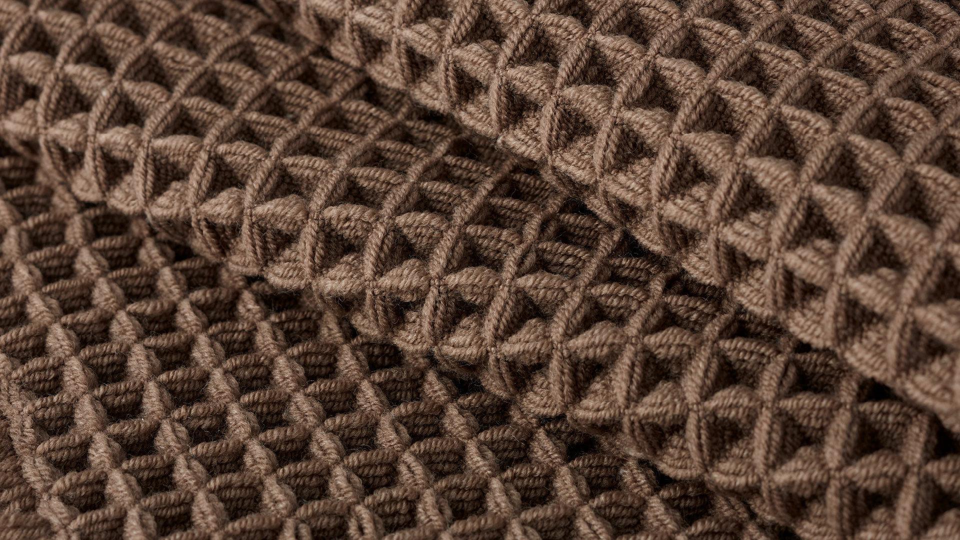 华夫饼干造型<br/>上万个方格,编织松软质感