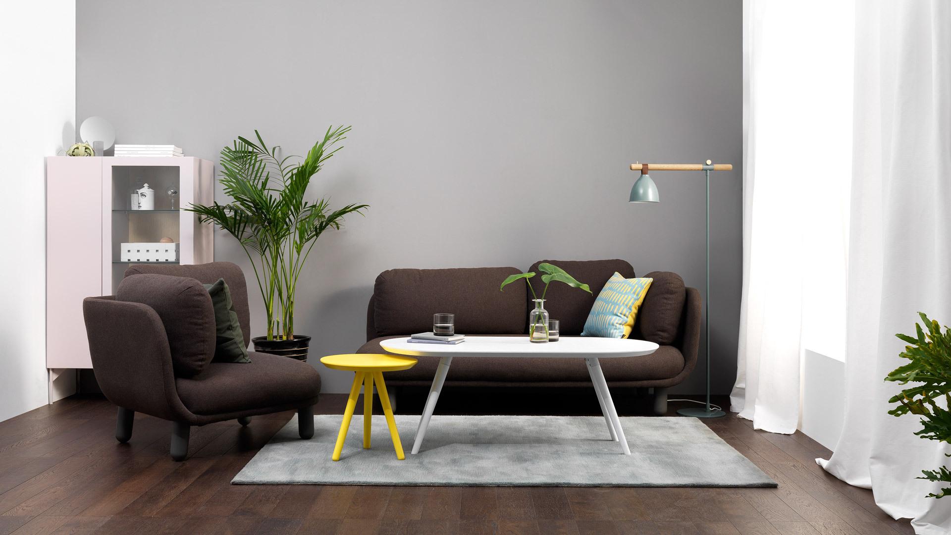 材质、体量、形态、色彩、连接、工艺……它是将一切设计语言规整到如此平衡优美的一件百搭作品,造作家具中价格最亲民的入门首选款。