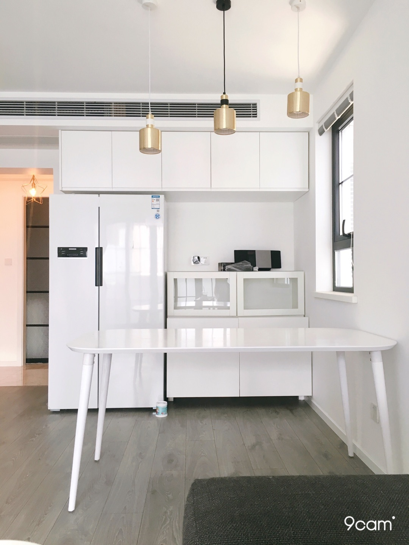 Felicia对画板餐桌®-长桌 1.6米发布的晒单效果图及评价