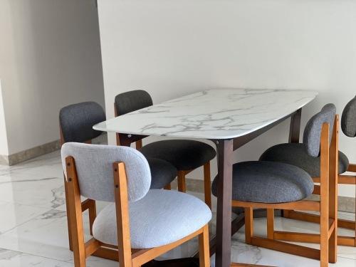 柳螃蟹对造作8点实木软椅®发布的晒单效果图及评价