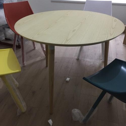 刀刀_画板餐桌-圆桌怎么样_1