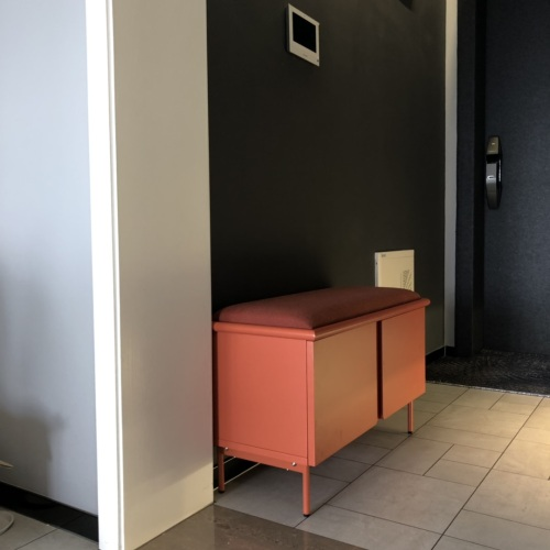 Fancy对美术馆换鞋凳发布的晒单效果图及评价