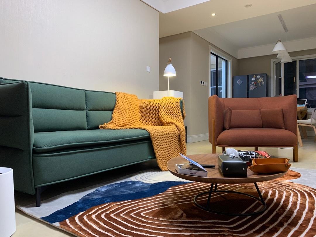 小南对半月湾沙发发布的晒单效果图及评价